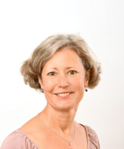 Marion Buhr, Yogalehrerin